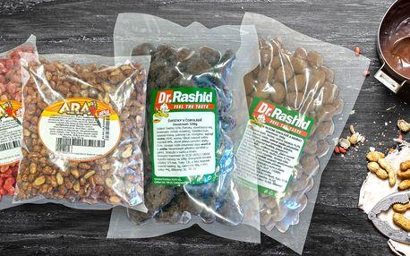 Oříšky a sušené ovoce v čokoládě, kakau i medu
