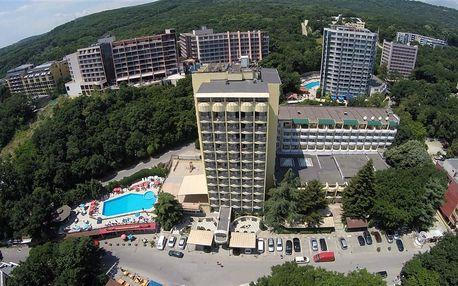 Bulharsko - Zlaté Písky na 8 dní, polopenze s dopravou letecky z Prahy 200 m od pláže