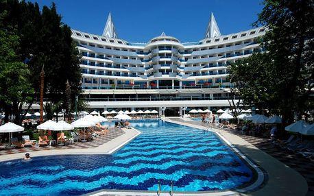 Turecko - Alanya na 8 dní, ultra all inclusive s dopravou letecky z Prahy přímo na pláži