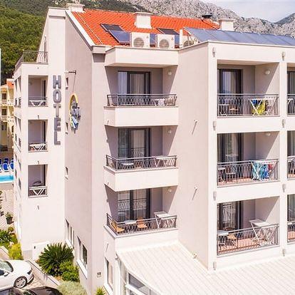 Chorvatsko - Makarská riviéra na 8 až 11 dní, polopenze s dopravou vlastní 50 m od pláže