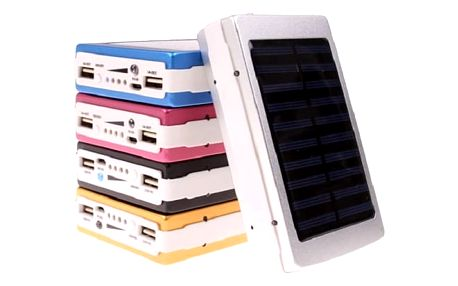Solární power banka Lext se svítilnou 20 000 mAh pro mobilní telefony a tablety