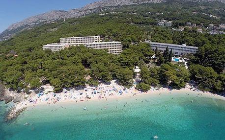 Chorvatsko - Makarská riviéra na 8 až 11 dní, polopenze nebo snídaně s dopravou vlastní 30 m od pláže