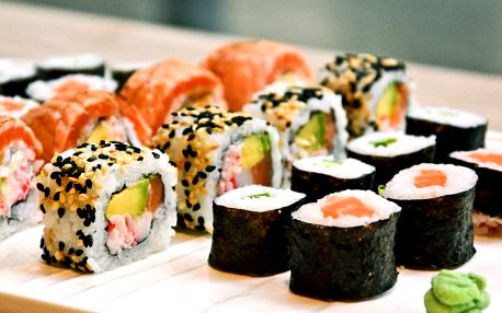 Set delikátního sushi: dokonalost ve 24 kouscích