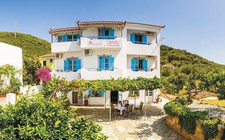 Řecko - Skopelos na 11 až 12 dní, bez stravy s dopravou letecky z Prahy 20 m od pláže