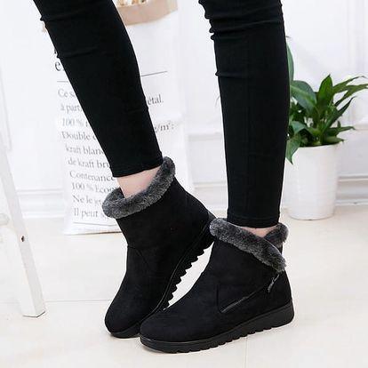 Kotníkové zimní boty ve stylu válenek