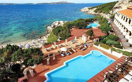 Itálie - Sardinie / Sardegna na 8 dní, polopenze nebo snídaně s dopravou letecky z Prahy 50 m od pláže