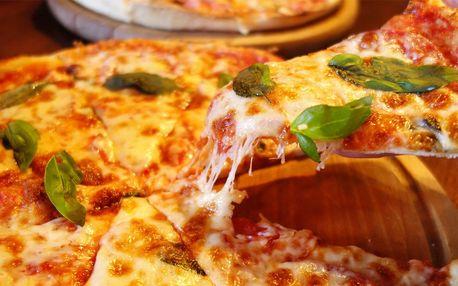 Dvě pizzy dle výběru na hudebním večeru