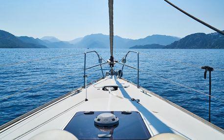 Projížka na jachtě