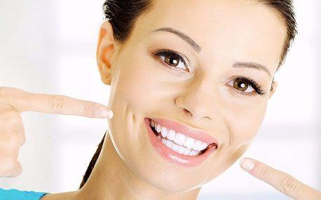 Ordinační bělení zubů modrým studeným světlem