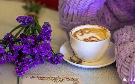 Jako na jihu Francie: káva dle výběru, i fialková
