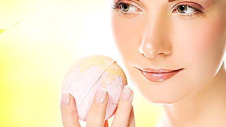 Kosmetické ošetření 1 + 1 zdarma odlíčení, peeling, úprava obočí, barvení řas nebo obočí, masáž