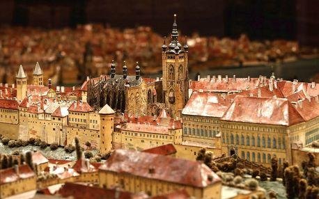 Muzea hl. m. Prahy: výstavy, Strašnice i stálá expozice