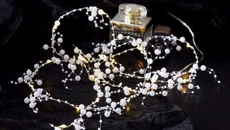 STAR TRADING Světelný LED řetěz White pearls, bílá barva, kov, plast
