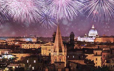 Poznávací zájezd pro jednoho - Silvestr v Benátkách. Zažijete konec roku v romantické Itálii.