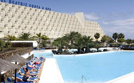 Kanárské ostrovy - Lanzarote na 8 až 15 dní, all inclusive, polopenze nebo snídaně s dopravou letecky z Vídně 900 m od pláže