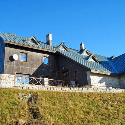 Střední Krkonoše v typické horské chatě nedaleko Sněžky se saunou a polopenzí