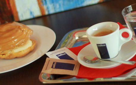 Doplňte energii občerstvením v Caffe Giulietta