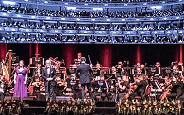 Vstupenka na sváteční koncert v podání Bohemian Symphony Orchestra Prague.
