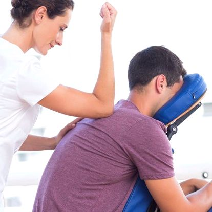 Blaho pro vaše tělo: Poctivá masáž zad a šíje