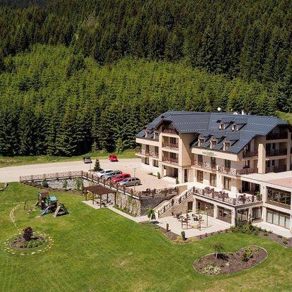Relax na Slovensku s výhledem na oravský les z hotelu Green ***