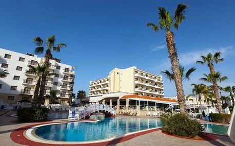 Kypr - Protaras na 9 až 11 dní, ultra all inclusive s dopravou letecky z Prahy přímo na pláži