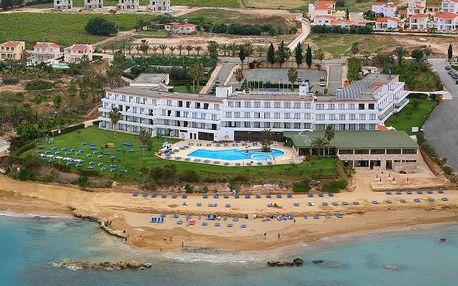 Kypr - Coral Bay na 9 dní, polopenze s dopravou letecky z Prahy přímo na pláži