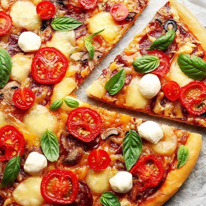 Pizza podle výběru: průměr 32 nebo 40 cm