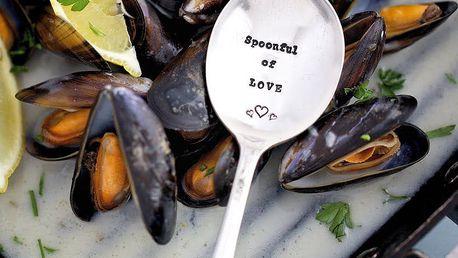La de da! Living Postříbřená dezertní lžíce Spoonful of Love, stříbrná barva, kov