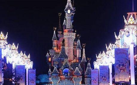 Pohádkový Silvestr v Disneylandu s ohňostrojem. Zábavný 4-denní zájezd do Paříže s ubytováním