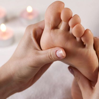 Suchá medicinální pedikúra s reflexní masáží