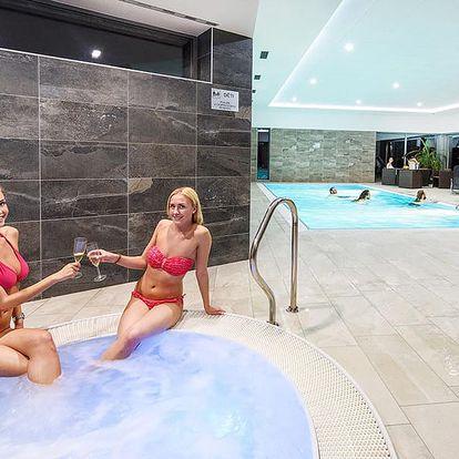 Jeseníky v populárním středisku Dolní Morava v hotelu s wellness neomezeně a polopenzí – termíny až do června 2019