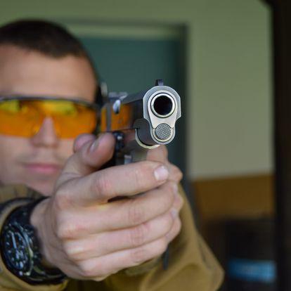 Zážitková střelba ze 7-15 druhů zbraní