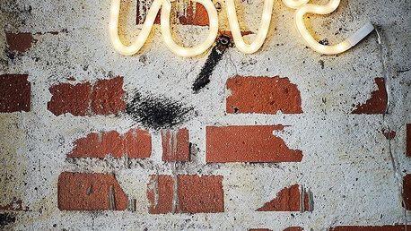 MADAM STOLTZ Světelný nápis LOVE, bílá barva, plast