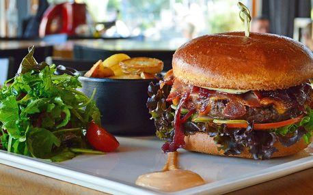 Hovězí burger v Miminoo a vstup na Žižkovskou věž