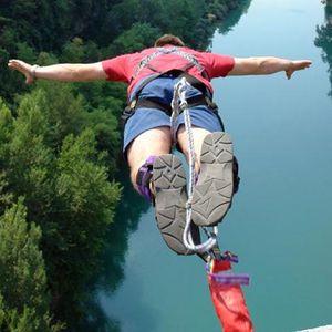 Bungee Jumping: Zážitek z volného pádu
