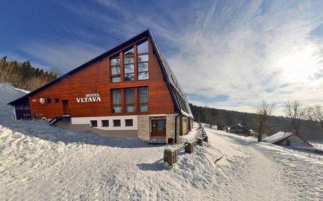 Zima v Hotelu Vltava v Krkonoších pro 2 + 2 děti do 12 let zdarma