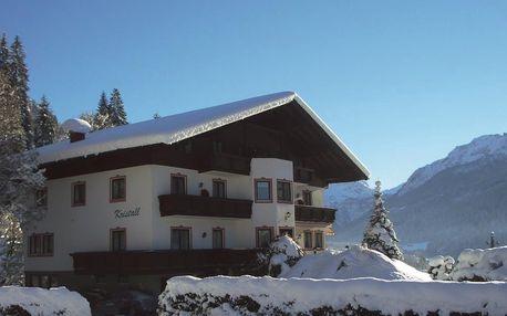 Malý, útulný hotel s rodinnou atmosférou, sjezd na lyžích možný až k hotelu
