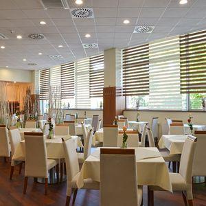 Brno, 4* hotel pro 2 či 3 osoby s polopenzí, bowlingem a wellness
