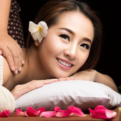 Královská thajská bylinná masáž zad a šíje