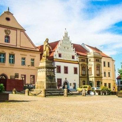 Jižní Čechy: Tábor v Hotelu Slávia se snídaní a kávou + děti do 6 let zdarma