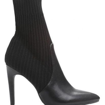 Dámské černé kotníkové boty Madilyn 1538