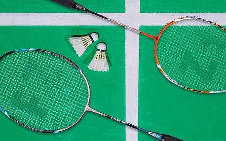 Hodinový badminton včetně zapůjčení 2 raket