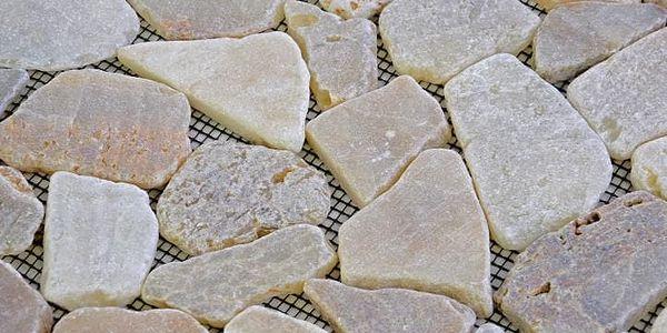 Divero Garth 573 Mozaika říční kámen - krémová 1m2 - 30x30x1,5 cm2