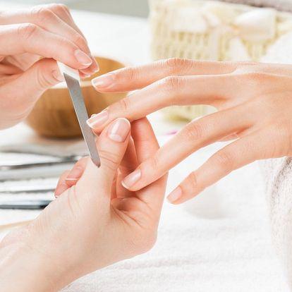 Japonská manikúra P-shine včetně zábalu rukou