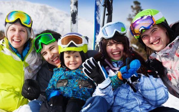 Silvestr v Krkonoších v penzionu Vápenka u Pece pod Sněžkou. 5 nocí plných lyžování, wellness a oslav.