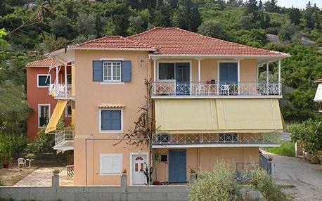 Řecko - Lefkada na 13 až 14 dní, bez stravy s dopravou autobusem 70 m od pláže