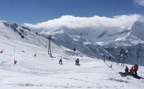 Lyžařská sezóna v Bad Gastein v Alpách