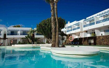 Kanárské ostrovy - Lanzarote na 8 až 15 dní, polopenze nebo snídaně s dopravou letecky z Prahy 250 m od pláže