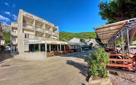 8–10denní Chorvatsko, Drvenik | Hotel Nano*** přímo u pláže | Doprava -50% | Dítě zdarma | Krytý bazén | Polopenze, doprava vlastní nebo autobusem