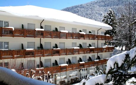 4–8denní Paganella se skipasem | Hotel Miralago – Molveno*** | Vlastní doprava, ubytování, polopenze a skipas